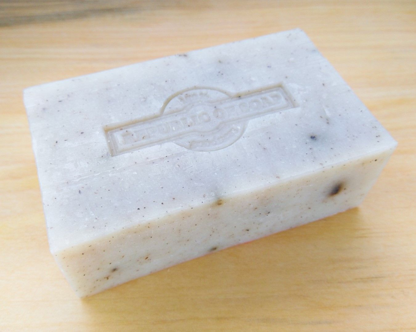 Natural Soap Bar - Peppermint & Tea Tree - Republic of Soap